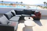 Универсален диван от ратан за заведения за всесезонно използване