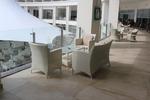 Топ качество на маси и столове ратан бежови