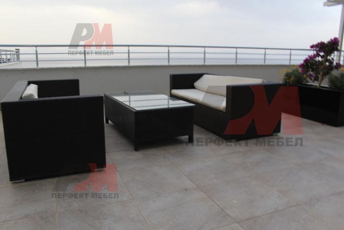 Елегантни и удобни дивани от ратан