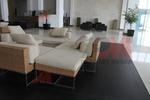 Качествени дивани от ратан за заведения